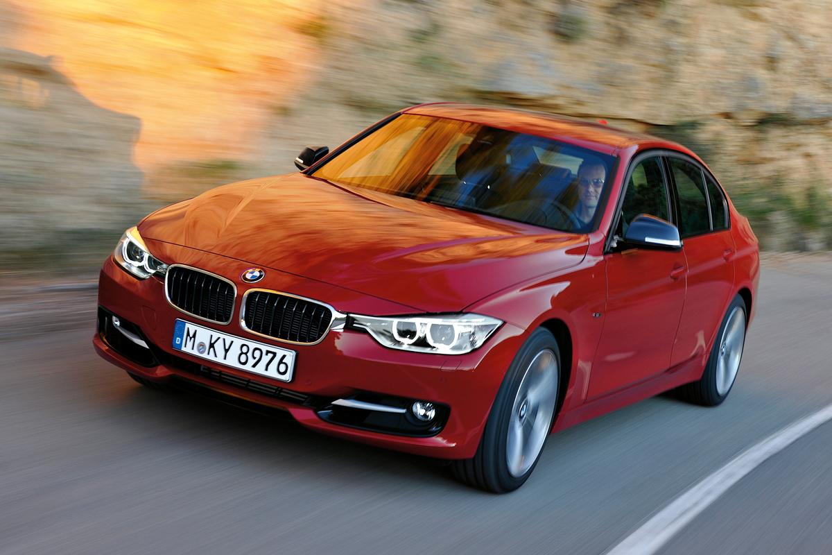 BMW 3 Series - лучший автомобиль среднего класса плюс 2015