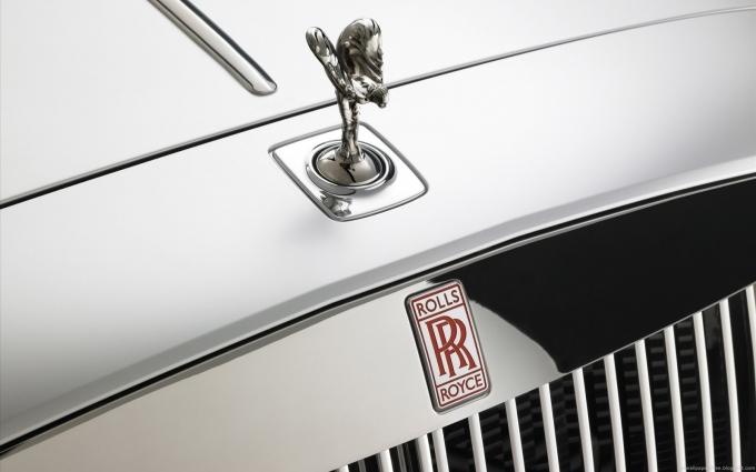 Китайцы обвалили Rolls-Royce