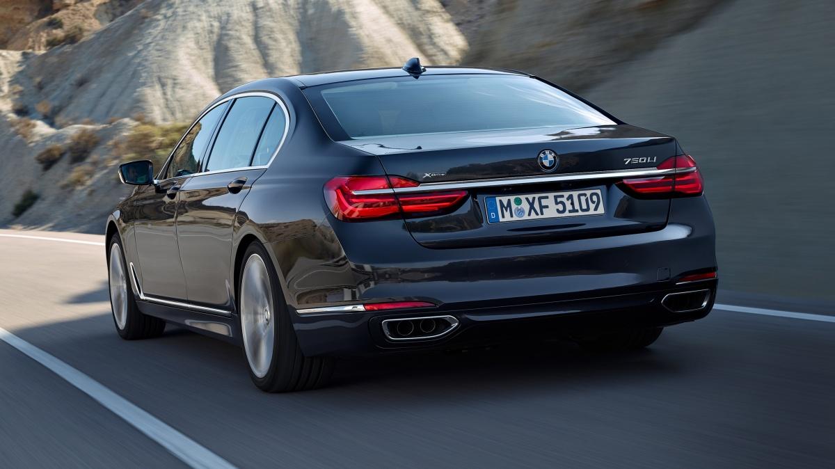 BMW-750Li-xDrive-2015-5120x2880-003.jpg
