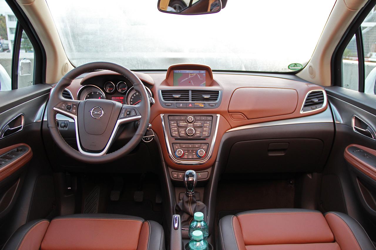Opel Mokka имеет интересный салон с большими габаритами