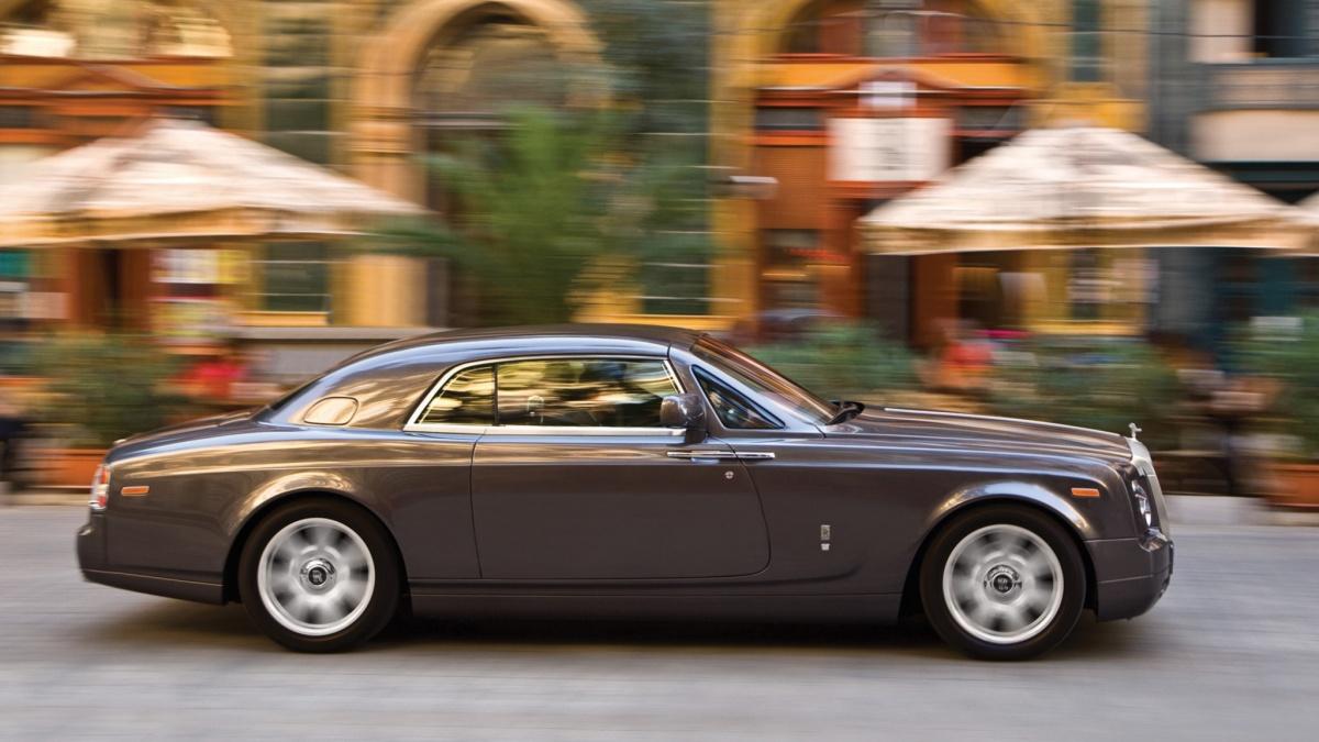 Перерыв в выпуске Rolls-Royce Phantom составит более года