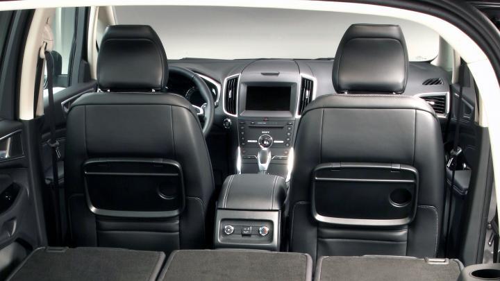 Салон Ford Galaxy 2015 года