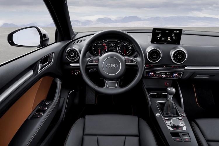 Внутри Audi-A3