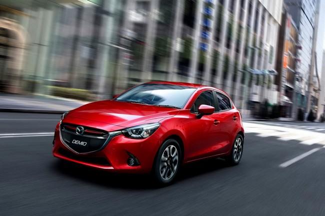 На фото - Mazda 2 2015-2016 модельного года