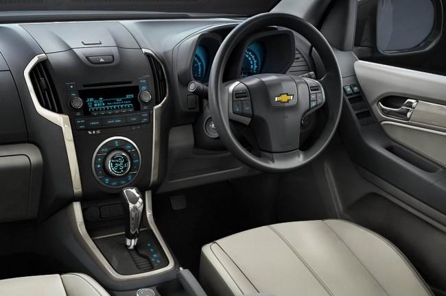 Фото салона Chevrolet TrailBlazer 2015