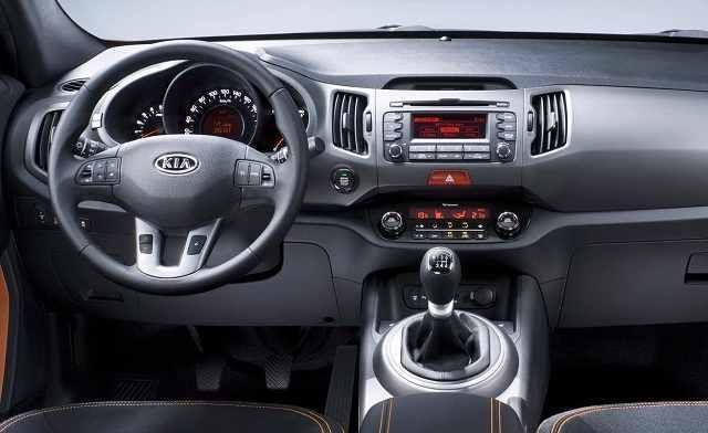Салон автомобиля Kia Sportage 2016