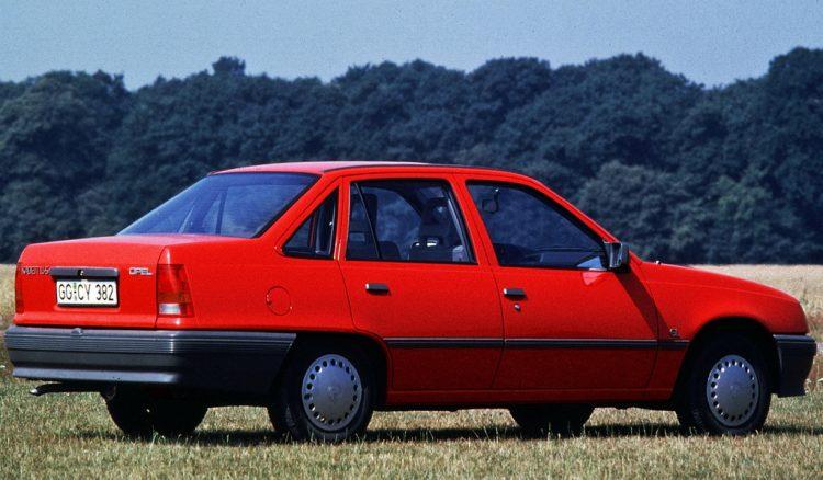 Легендарный на постсоветском пространстве Opel Kadett (Опель Кадет)