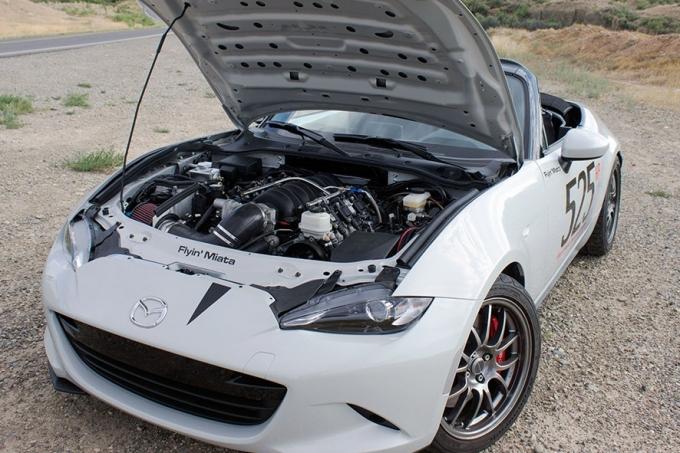 Mazda MX-5 V8 – втрое дороже базовой!
