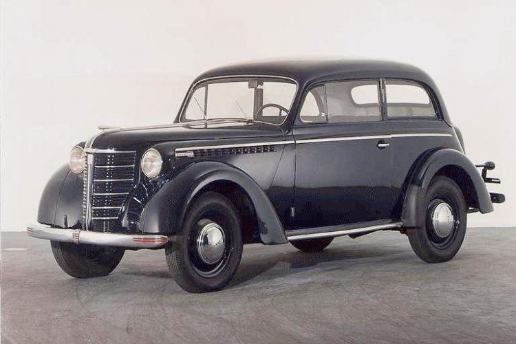 На фото Opel Olympia (Опель Олимпия) 1938 года