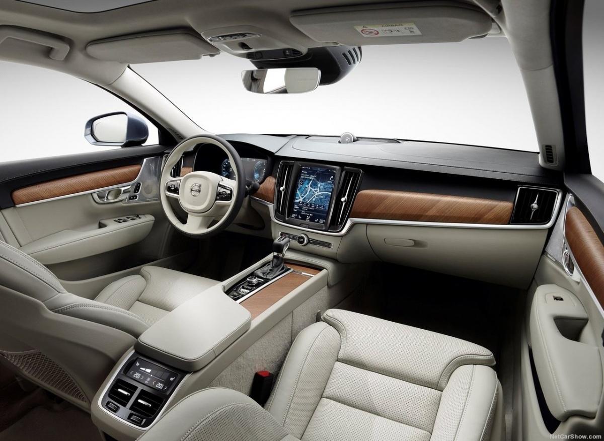 Volvo-S90-2017-1280-28.jpg