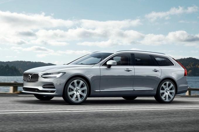 Универсал Volvo V90 может придти в Россию раньше V90 Cross Country!