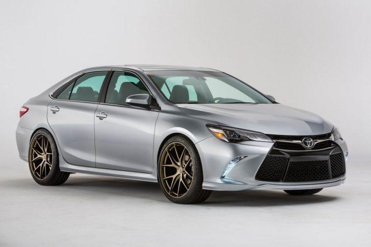 Toyota Camry (Тойота Камри) Седан