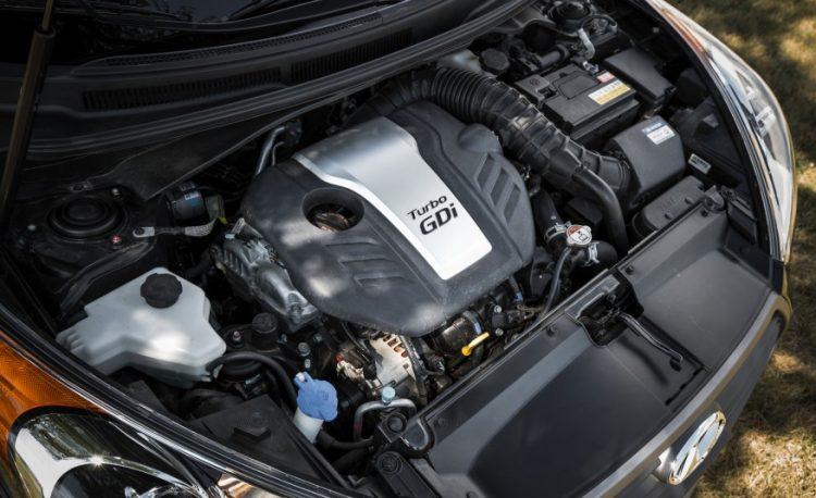 Двигатель объемом 1,6 л. и мощностью 186 л.с.