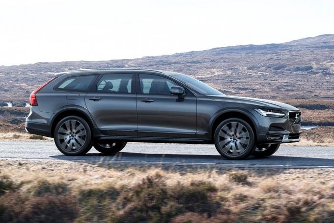 Volvo V90 Cross Country: дрожжи для Мерседеса