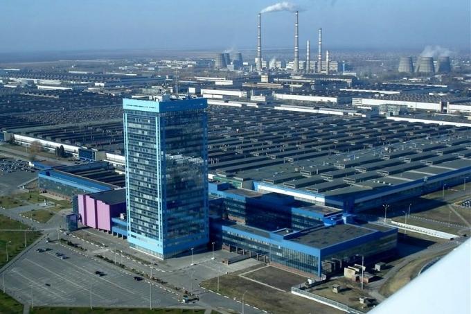 Зачем недозагруженному на 61% Автовазу завод в Казахстане?..