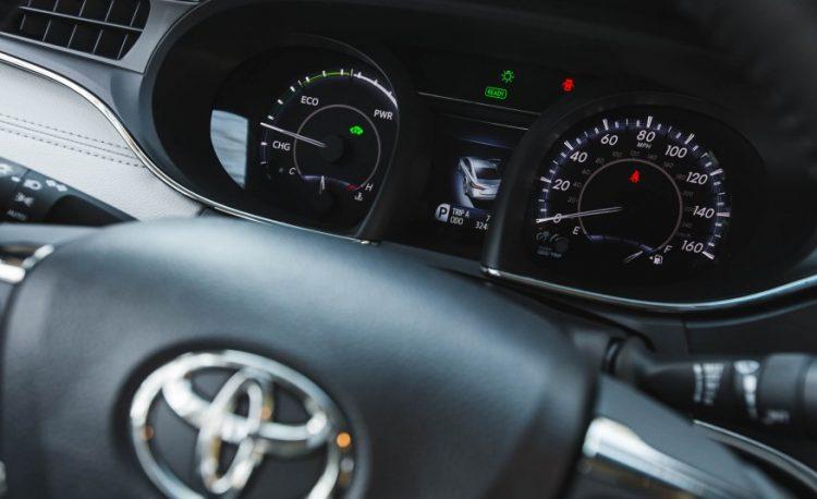 Эргономика у Тойоты традиционно на высочайшем уровне
