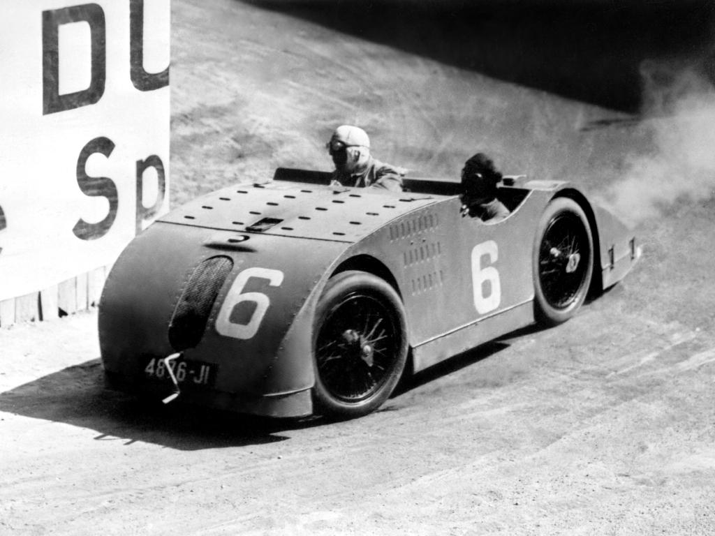 Bugatti T32