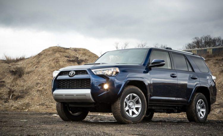 Toyota 4runner 2016-2017 года в новом кузове
