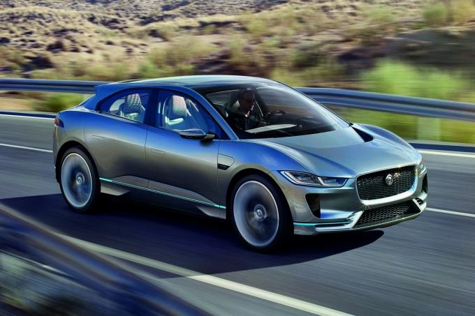Электрический SUV Jaguar I-Pace: Успеет ли стать третьим?