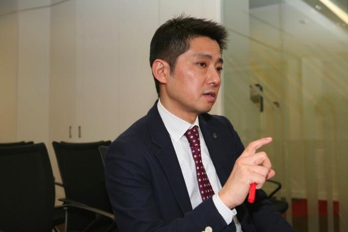 Директор Mitsubishi не верит в миражи, рубли и баты