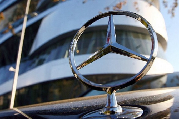 Дошли до «звезды»: выбросы Daimler тоже могут оказаться вредными!