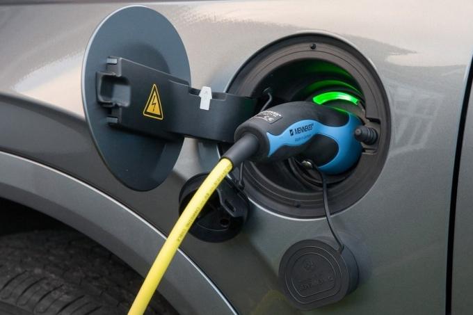 Volvo отказывается от дизеля!