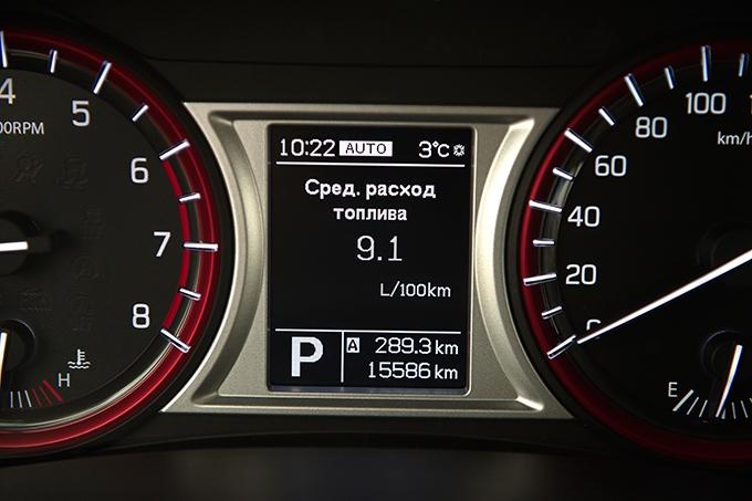 Suzuki Vitara / Даже при активной городской езде водитель «японки» с легкостью добъется умеренного расхода; главный враг Vitara – пробки, аппетит сразу вырастает на литр-полтора