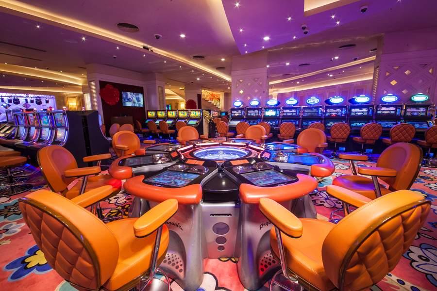 казино фараон автоматы